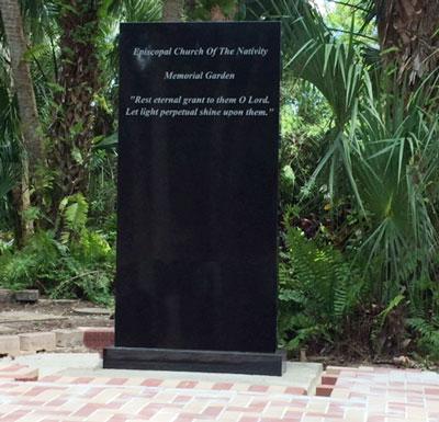 Monument-400