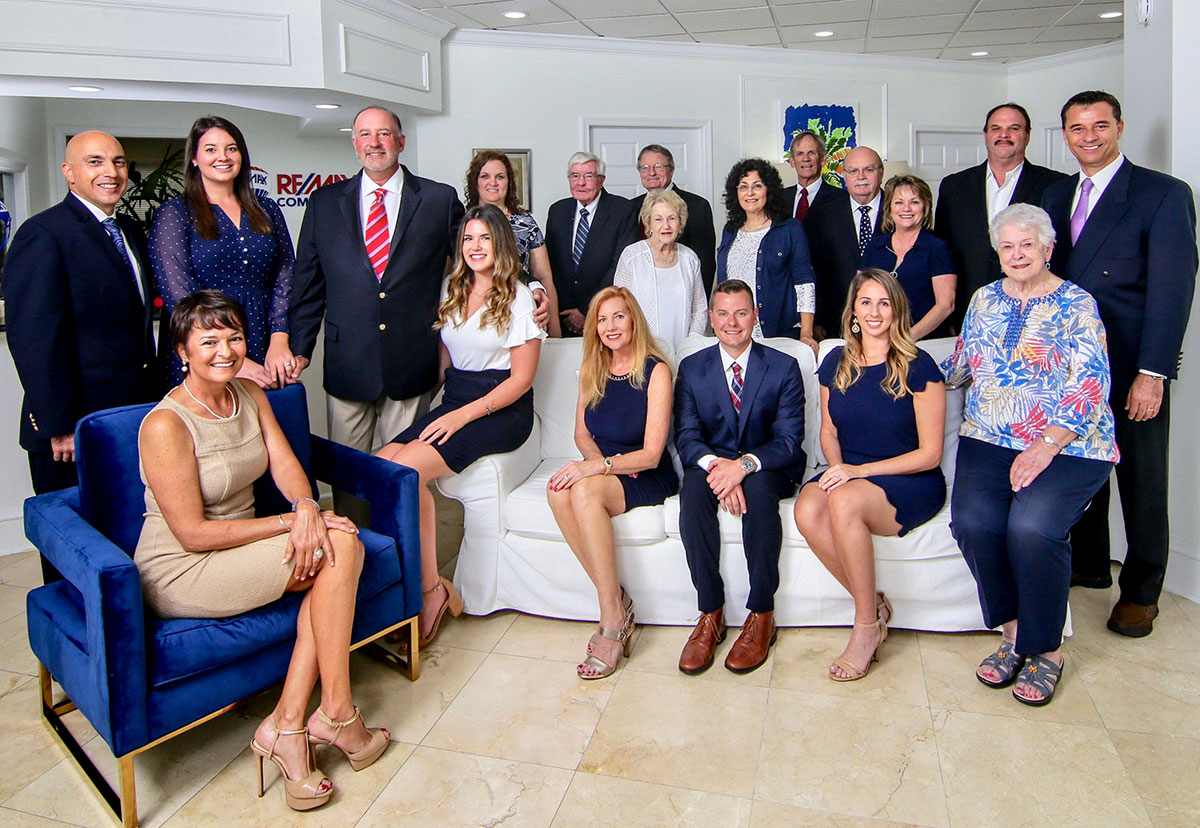The Stracuzzi Team at RE/MAX Community
